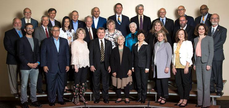 Leadership - Board of Trustees | Manchester University