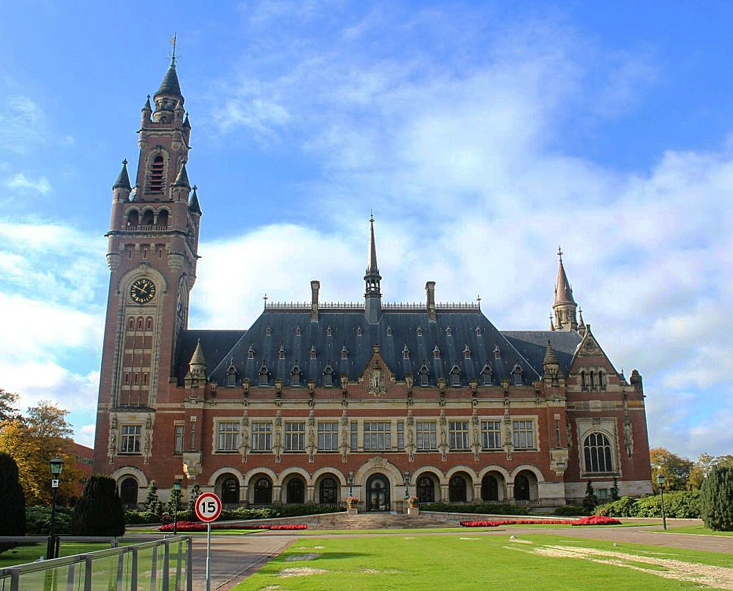 The King's Workplace & The Peace Palace