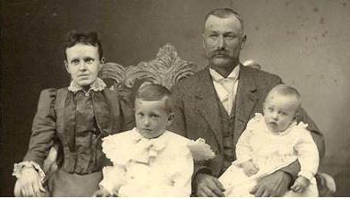 Lanie Houghtaling's family. Percy is the older child.
